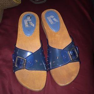 Legend wood platform sandals